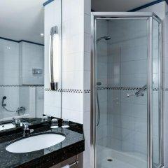 Отель NH Collection Brussels Centre 4* Улучшенный номер с двуспальной кроватью фото 4