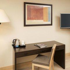 NH Geneva Airport Hotel 4* Стандартный номер с 2 отдельными кроватями фото 6