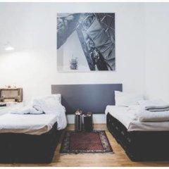 Hostel Jamaika Стандартный номер с 2 отдельными кроватями (общая ванная комната)