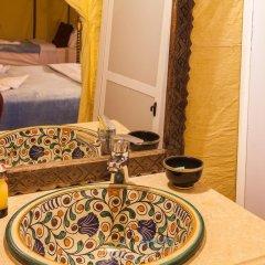 Отель Berbere Experience Марокко, Мерзуга - отзывы, цены и фото номеров - забронировать отель Berbere Experience онлайн ванная