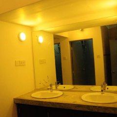 Отель Hostel at Galle Face- Colombo Шри-Ланка, Коломбо - отзывы, цены и фото номеров - забронировать отель Hostel at Galle Face- Colombo онлайн ванная фото 2