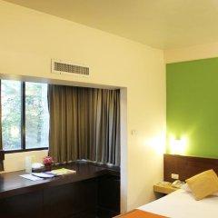 Отель The Seasons Bangkok Huamark 3* Стандартный номер с различными типами кроватей фото 3