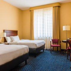 Отель Courtyard by Marriott Warsaw Airport 4* Номер Делюкс с различными типами кроватей фото 3