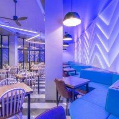 Отель Rattana Residence Sakdidet гостиничный бар
