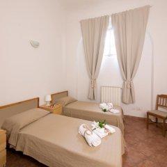 Отель A Due Passi Dall'Accademia Италия, Флоренция - отзывы, цены и фото номеров - забронировать отель A Due Passi Dall'Accademia онлайн комната для гостей фото 2