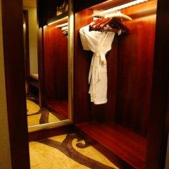 Sheraton Shenzhen Futian Hotel 5* Улучшенный номер с различными типами кроватей фото 6