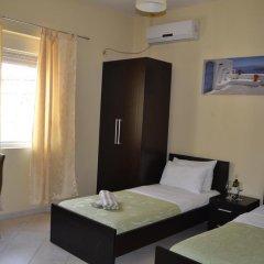 Hotel 4 Stinet 3* Номер категории Эконом с 2 отдельными кроватями