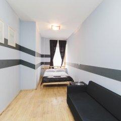 Мини-Отель Компас Стандартный номер с двуспальной кроватью (общая ванная комната) фото 5