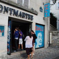 Отель Montmartre Village городской автобус