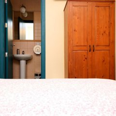 Отель Pensión La Montoreña 2* Стандартный номер с различными типами кроватей фото 8