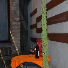 Отель Tbilisi Core: Leo Грузия, Тбилиси - отзывы, цены и фото номеров - забронировать отель Tbilisi Core: Leo онлайн интерьер отеля фото 2