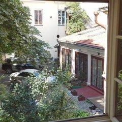Отель Best Location Old Town Pilies Avenue Литва, Вильнюс - отзывы, цены и фото номеров - забронировать отель Best Location Old Town Pilies Avenue онлайн балкон