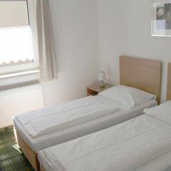 Отель Snooze Guesthouse Австрия, Зальцбург - отзывы, цены и фото номеров - забронировать отель Snooze Guesthouse онлайн комната для гостей фото 3