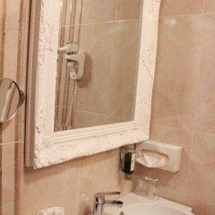 Hotel Grahor 4* Улучшенный номер с двуспальной кроватью фото 12