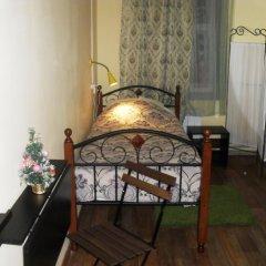 Home Hostel NN Кровать в общем номере с двухъярусной кроватью