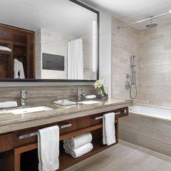 Отель The Langham, New York, Fifth Avenue Улучшенный номер с различными типами кроватей фото 8