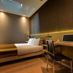 Отель Hôtel Elixir 3* Улучшенный номер с различными типами кроватей фото 7