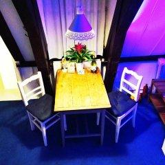 Отель Tulip of Amsterdam B&B гостиничный бар