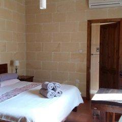 Отель Gozo Hills Bed and Breakfast комната для гостей фото 5