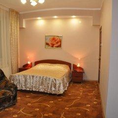 Гостевой дом Ретро Стиль Стандартный семейный номер с двуспальной кроватью