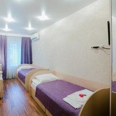 Гостевой дом у Львиного мостика Стандартный номер с 2 отдельными кроватями (общая ванная комната) фото 5