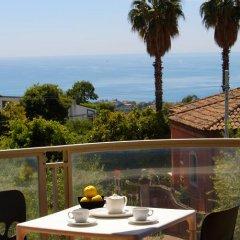 Отель Catania Hills Residence Италия, Сан-Грегорио-ди-Катанья - отзывы, цены и фото номеров - забронировать отель Catania Hills Residence онлайн балкон