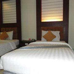Crystal Palace Hotel 4* Улучшенный номер с различными типами кроватей