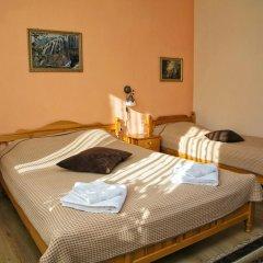 Отель Guest House Konakat Болгария, Чепеларе - отзывы, цены и фото номеров - забронировать отель Guest House Konakat онлайн комната для гостей фото 3