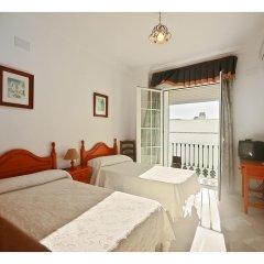 Отель Hostal La Posada Испания, Кониль-де-ла-Фронтера - отзывы, цены и фото номеров - забронировать отель Hostal La Posada онлайн комната для гостей