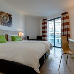 Отель AX ¦ Seashells Resort at Suncrest 4* Стандартный номер с двуспальной кроватью фото 5