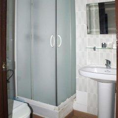 Отель Hostal Waksman Валенсия ванная