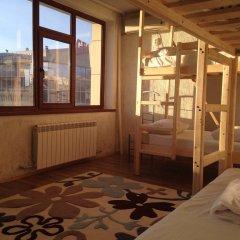 Гостиница Hostel Arzy Казахстан, Атырау - 1 отзыв об отеле, цены и фото номеров - забронировать гостиницу Hostel Arzy онлайн балкон