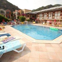 Turk Hotel бассейн
