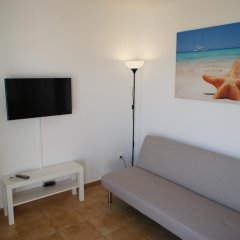 Отель Apartamentos Blue Beach Menorca 2 Испания, Кала-эн-Бланес - отзывы, цены и фото номеров - забронировать отель Apartamentos Blue Beach Menorca 2 онлайн комната для гостей фото 4