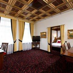 Kings Hotel First Class 4* Люкс с различными типами кроватей фото 3