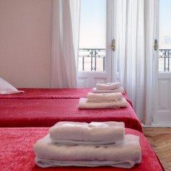 Отель Hostal Besaya Стандартный номер с различными типами кроватей фото 11
