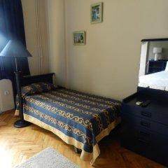 Отель Berk Guesthouse - 'Grandma's House' 3* Стандартный семейный номер с двуспальной кроватью фото 14