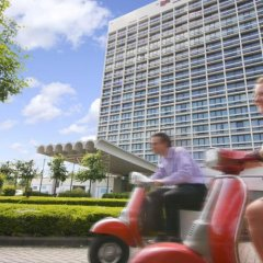 Отель Crowne Plaza Antwerp Антверпен спортивное сооружение