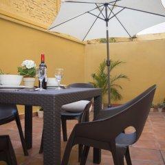 Отель SingularStays Botanico 29 Rooms Испания, Валенсия - отзывы, цены и фото номеров - забронировать отель SingularStays Botanico 29 Rooms онлайн гостиничный бар