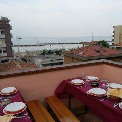 Отель Perla Verde Италия, Римини - отзывы, цены и фото номеров - забронировать отель Perla Verde онлайн балкон