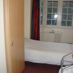 Hotel Strand Continental Стандартный семейный номер с различными типами кроватей (общая ванная комната) фото 5