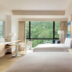 JW Marriott Hotel Sanya Dadonghai Bay 5* Номер Делюкс с различными типами кроватей