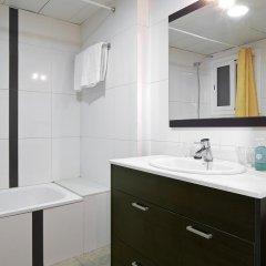 Отель Apartamentos Mur Mar Испания, Барселона - отзывы, цены и фото номеров - забронировать отель Apartamentos Mur Mar онлайн ванная