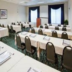 Отель Country Inn & Suites by Radisson, Lancaster (Amish Country), PA фото 2