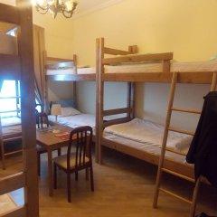 Томас Хостел Кровать в общем номере с двухъярусной кроватью фото 9