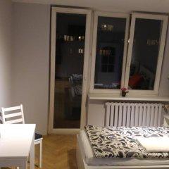 Отель AdMatch Niepodleglosci Rooms Metro Варшава комната для гостей фото 3