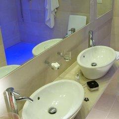 Отель Isola Sacra Rome Airport 4* Улучшенный номер с различными типами кроватей фото 4