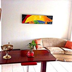 Отель Alejandria Suite комната для гостей
