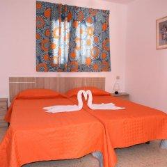 Отель Pensión Eva Стандартный номер с 2 отдельными кроватями (общая ванная комната) фото 4