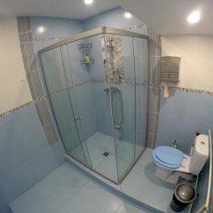 Гостиница HQ Hostelberry Номер с различными типами кроватей (общая ванная комната) фото 12